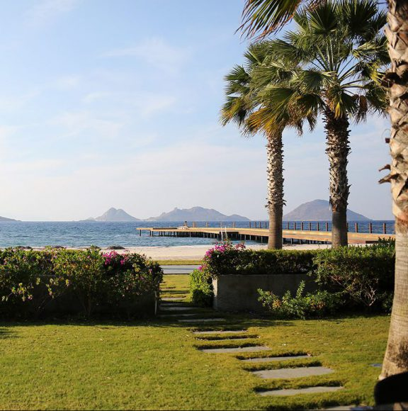 Swissotel Bodrum Resort Beach